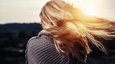 Cómo usar pastillas anticonceptivas para el cabello